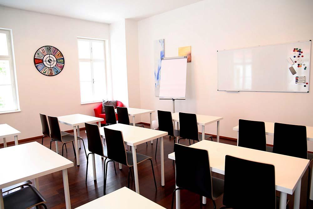 seminarraum mieten wien raum 1 klassenzimmer