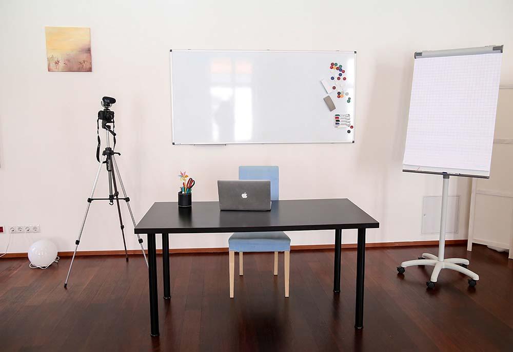 seminarraum mieten wien raum 1 inklusive videokamera flipchart und whiteboard